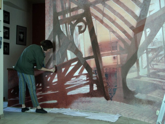 5_mural_painting_shadows_of_budapest_in_ferenc's_house